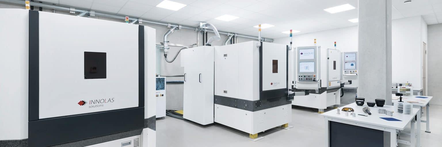 Laser-Applikationszentrum zur Bearbeitung von kristalline Solarzellen, keramische Komponenten, Leiterplattensubstrate und andere spröde Materialien wie Glas mit unterschiedlichen Anwendungen